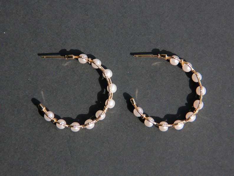 Golden Addict Earrings Golden Nail Creole Ring 3cm Mini Pearl White Leger Hoop earrings