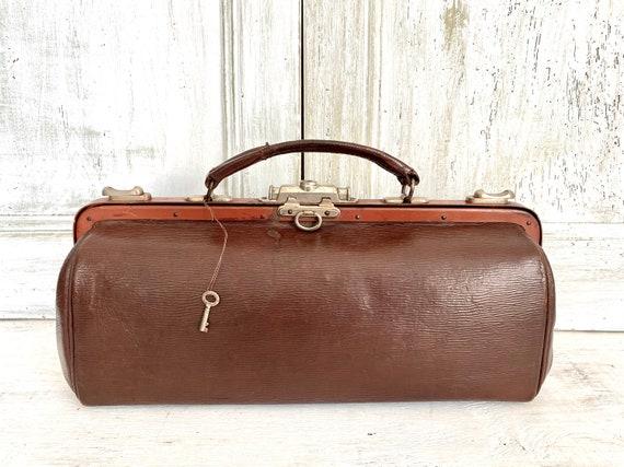 Leather Gladstone bag Hardoy, 1910s Vintage Docto… - image 1