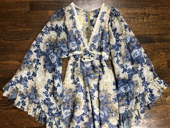 1970's Vintage Gunne Sax Dress - image 2