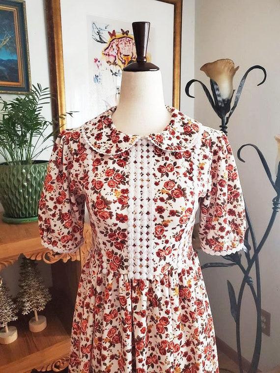 Vintage Floral Cottagecore Dress - image 1