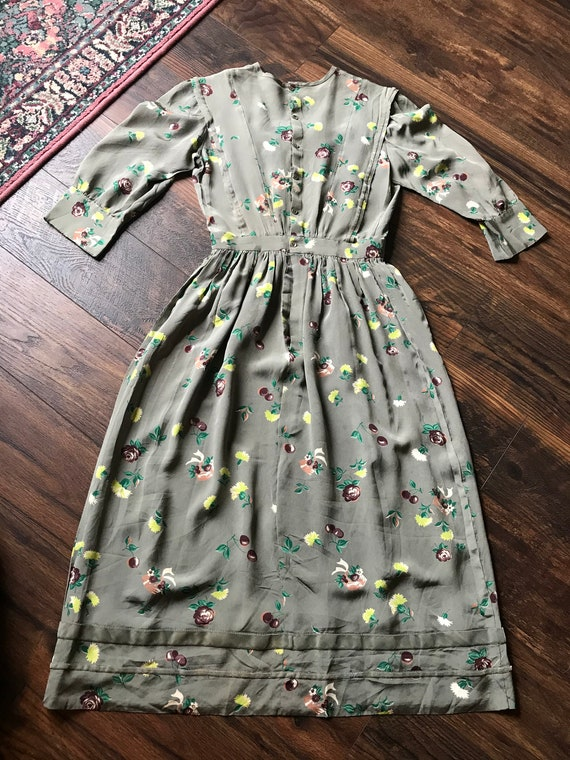 1940s Novelty Print Floral + Cherry Cold Rayon Dr… - image 6