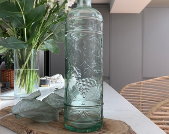VINTAGE GRAPES VINE Shape Glass Bottle