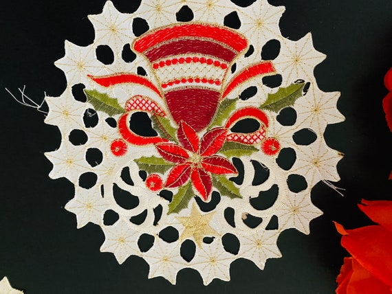 Beige A/&MT Gorgeous Holiday Christmas Tree 10, 12 Inch Round Poinsettia Bells Embroidered Cutwork Doilies; Set of 4 pieces