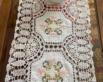 A&MT 100% Cotton Handmade Crochet Lace with Embroidered Floral Ribbon Decorative Table Runner, Dresser Scarf, Place Mat - White/ Beige