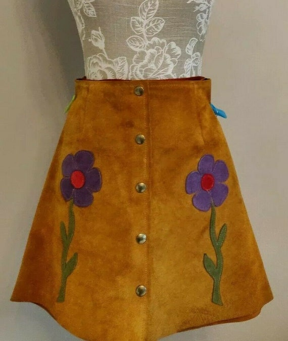 True vintage 1960s suede flower mini skirt - curre