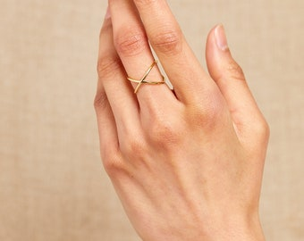 Dainty Ring dainty Ring Morganite Pearl Ice Blue Timeless Link Chain Ring 925 Sterling Silver