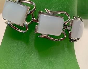 Beautiful 1950s 50s Vintage Black Fleck Goth Tiki Atomic Confetti Lucite resin Silver Tone Bracelet Clip Earrings Set by CORO