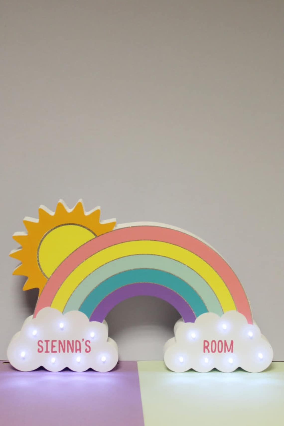 Rainbow LED Wall Light, Personalized Wooden Gift, Children's Decor Accessory, Nursery, Toddler's Bedroom - Eclairage