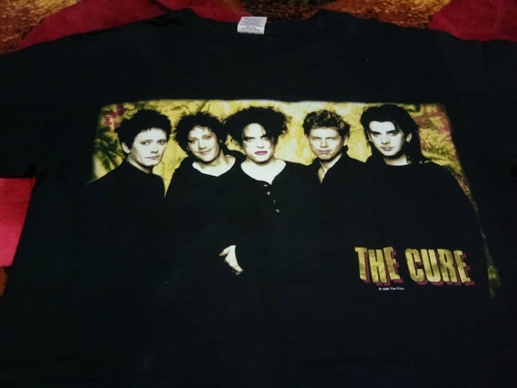 Vintage The Cure band 90s men's t shirt