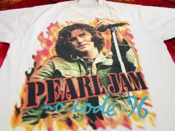 Vintage Pearl Jam band 90s men's t shirt