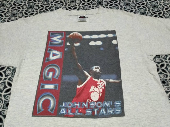 Vintage Magic Johnson basketball player t shirt