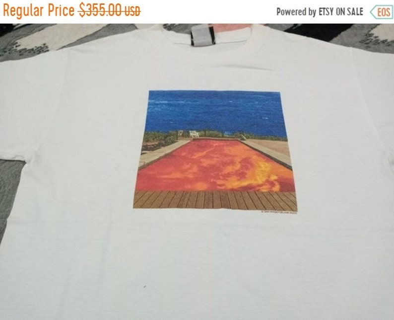 Vintage Red Hot Chilli pepper band 90 t shirt image 1