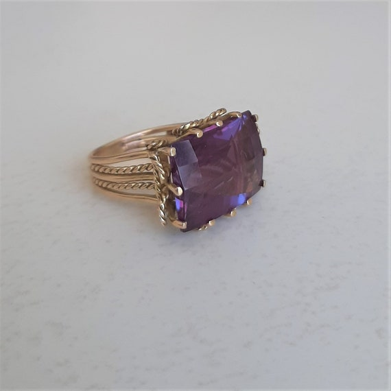 18kt amethyst ring / 18kt gold vintage ring / vint