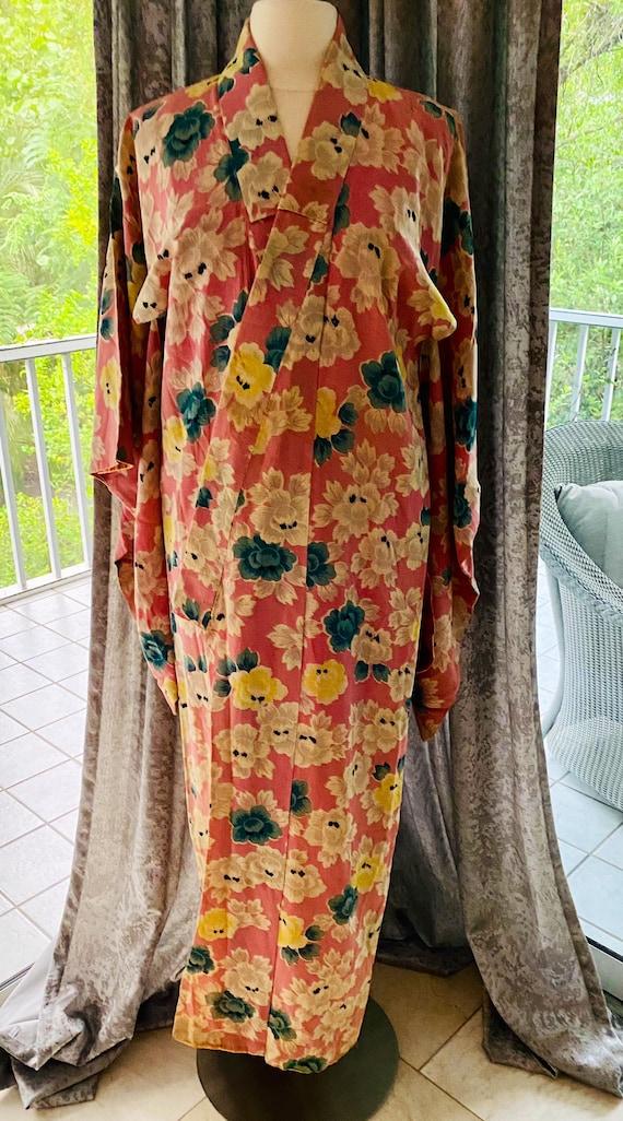1960's Vintage Floral Kimono