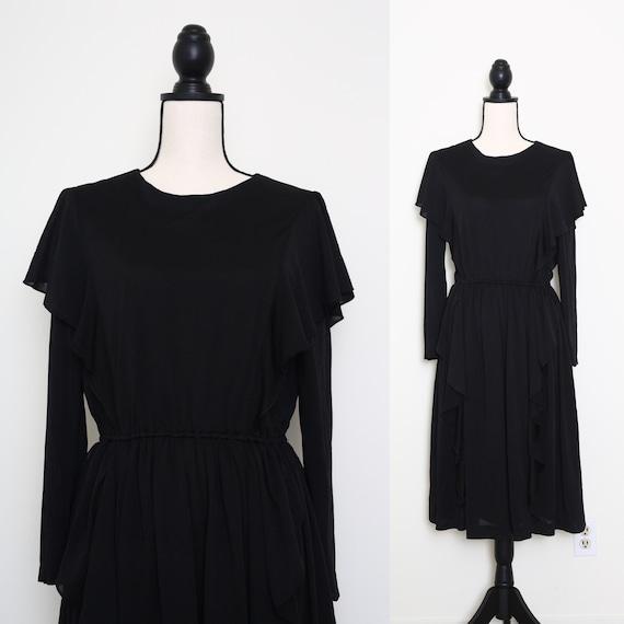 Romantic Black Dress
