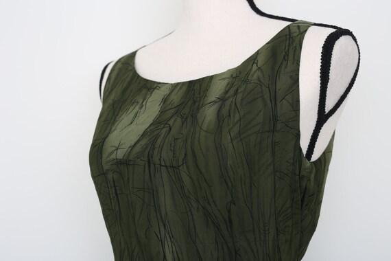 Elegant Green Dress - image 6