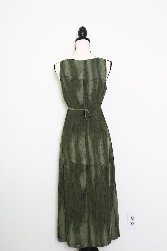 Elegant Green Dress - image 4