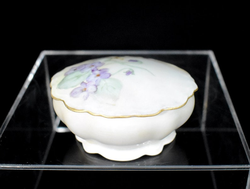Austria Violets M Z Trinket Box