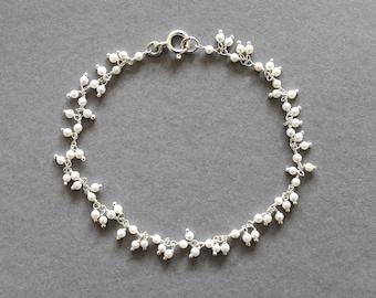 Sterling silver & freshwater seed pearl bracelet