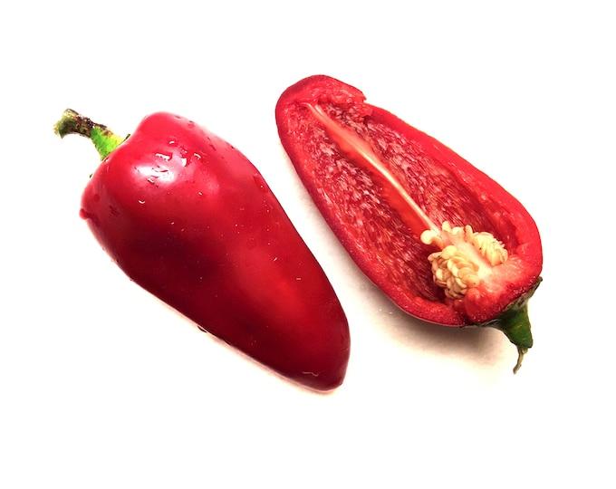 Lipstick Sweet Pepper - heirloom 20 seeds