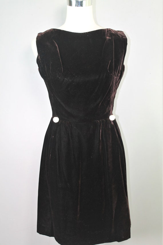 Dallas - 1960s Victor Costa Velvet Dress