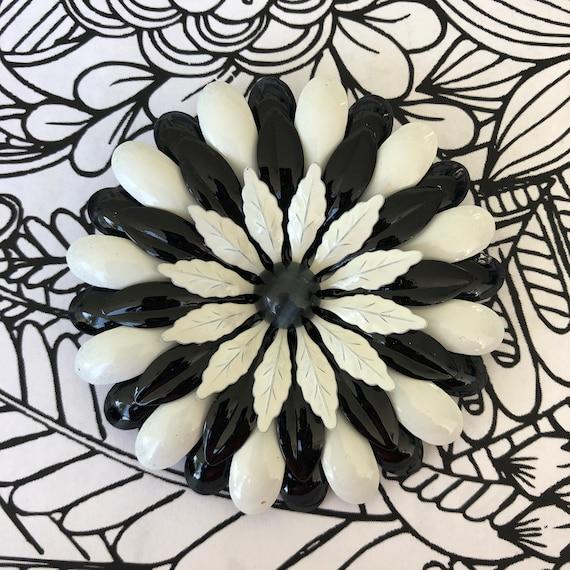 Giant black White 1960's enamel flower brooch, flo