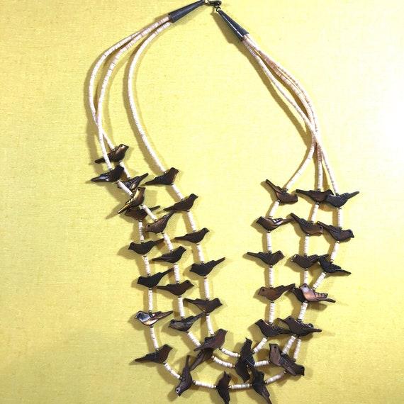 Vintage Fetish Heishi bead abalone bird necklace-… - image 3