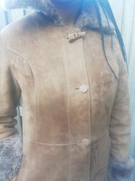 Vintage 70s brown suede lammy coat, lammy jacket,… - image 2