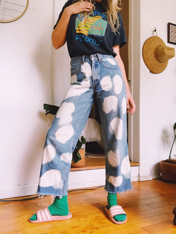 Red Tab Student Fit Cow Print 1970's Levi's 550's