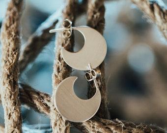 Illusion Circle Earrings, Geometric Minimalist Earrings, Contemporary Earrings