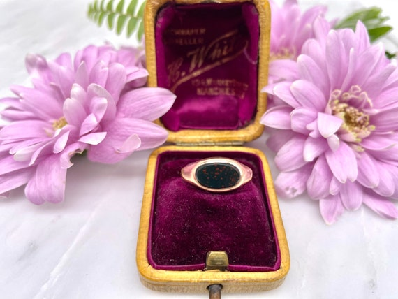 Antique Victorian 1850 9ct Rose Gold Cut Oval Bloo
