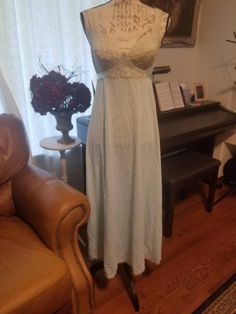 Beautiful vintage vassarrette lingerie nightgown seafoam green tie lace honeymoon bridal 36 xl