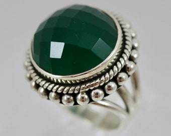 Round Checkerboard Green Onyx and Sterling Silver Ring Size 6.75