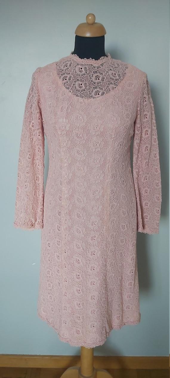 Stunning dusty pink lace dress