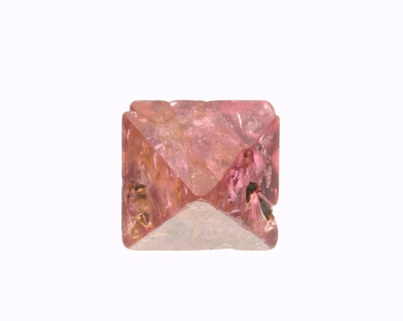 Spinel / Locality - Mogok Valley, Mogok Township, Pyin-Oo-Lwin District, Mandalay Region, Myanmar (Burma)