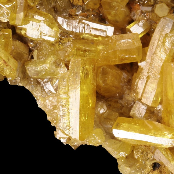 Mimetite (classic material) / Pingtouling Mine, Liannan Co., Qingyuan Prefecture, Guangdong Province, China