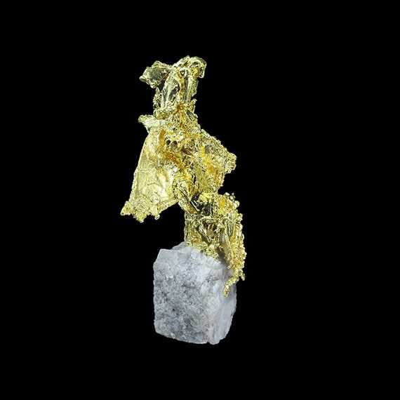 Gold/ Locality - Eagle's Nest Mine (Mystery Wind Mine), Placer County, California
