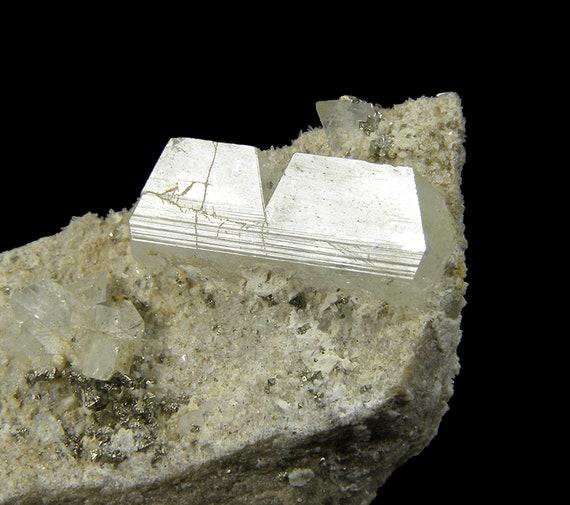 Augelite (twin)(?) / Locality - Machacamarca Mine, Colavi, Saavedra Province, Potosi Department, Bolivia