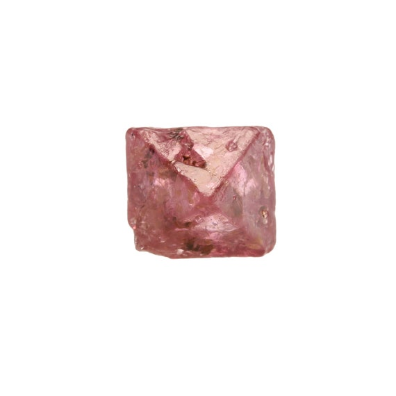 "Spinel (""floater"") / Locality - Mogok Valley, Mogok Township, Pyin-Oo-Lwin District, Mandalay Region, Myanmar (Burma)"