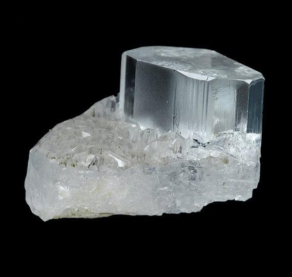 "Beryl (var: ""Aquamarine"") / Locality - Teston, Braldu Valley, Skardu District, Baltistan, Gilgit-Baltistan (Northern Areas), Pakistan"