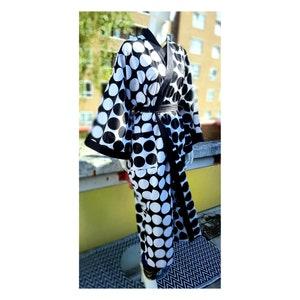 day coat Kimono hip length open jacket with black trim wrap dress African print kimono cone print