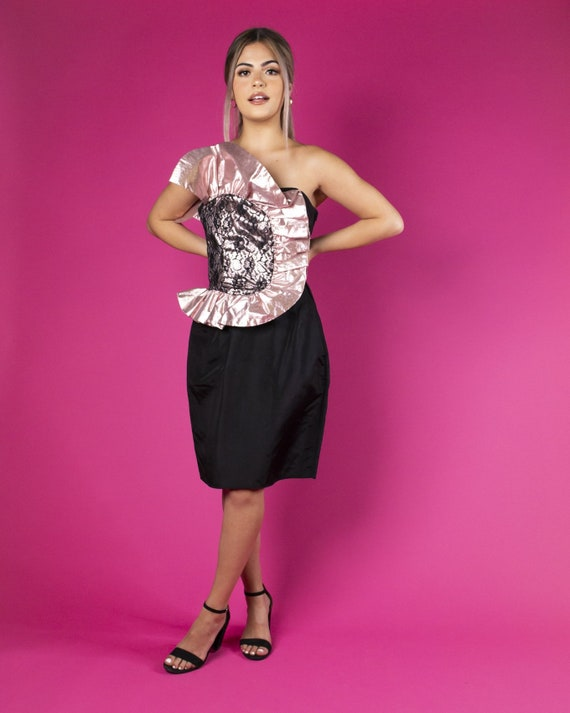Black & Pink Ruffle Party Dress by Gunne Sax 1980s