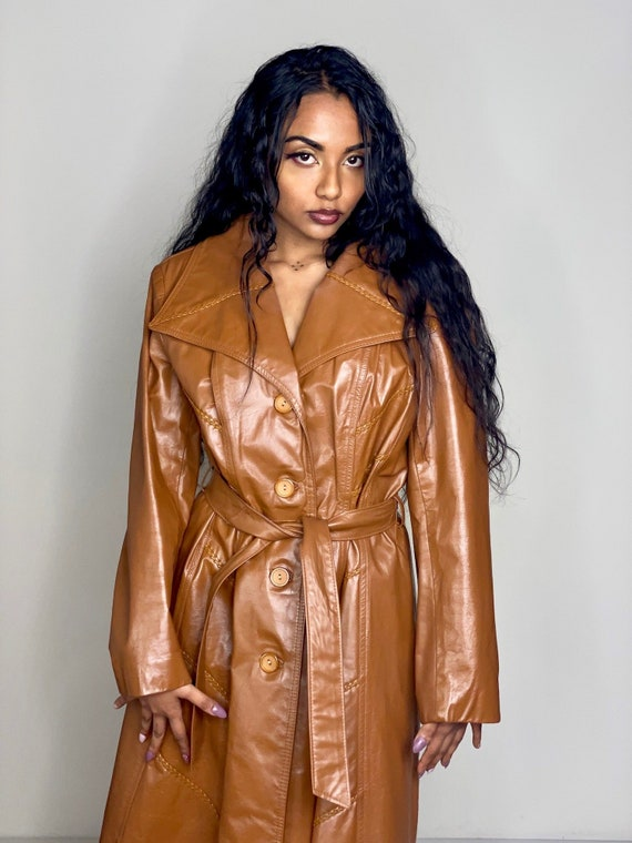 Camel Brown Leather Tie Trench Coat 1970s