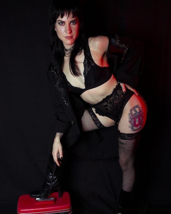Black Lace Garter Belt by Victoria's Secret 1990s