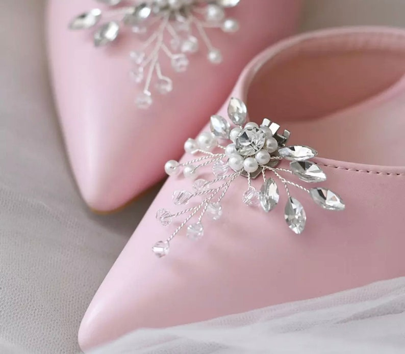 Shoe Buckles Crystal Pearl Floral Shoe Clips Shoe Brooches Delicate Bridal Shoe Clips Beaded Flower Spray Shoe Clips