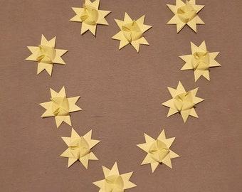Fröbelsterne in Pastelgelb, Immer 10 Stück, Weihnachtsdeko, Sterne, Dekoration, verschiedene Varianten