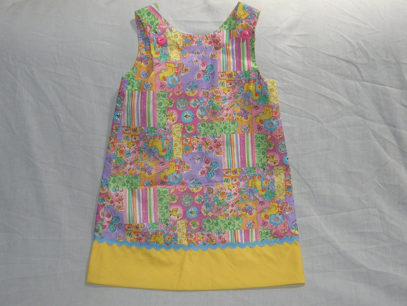 Girls size 3 /& 4 jumpers