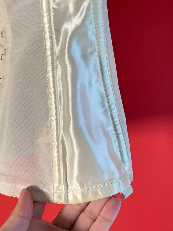 Vintage Lady Marlene White Lace Garter Belt Corset - image 4