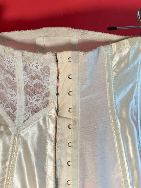 Vintage Lady Marlene White Lace Garter Belt Corset - image 6