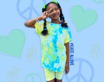 Tie Dye Tee and Shorts Set/ Free Personalized Initial/ Crumple Method/ Blue, Yellow, & Green